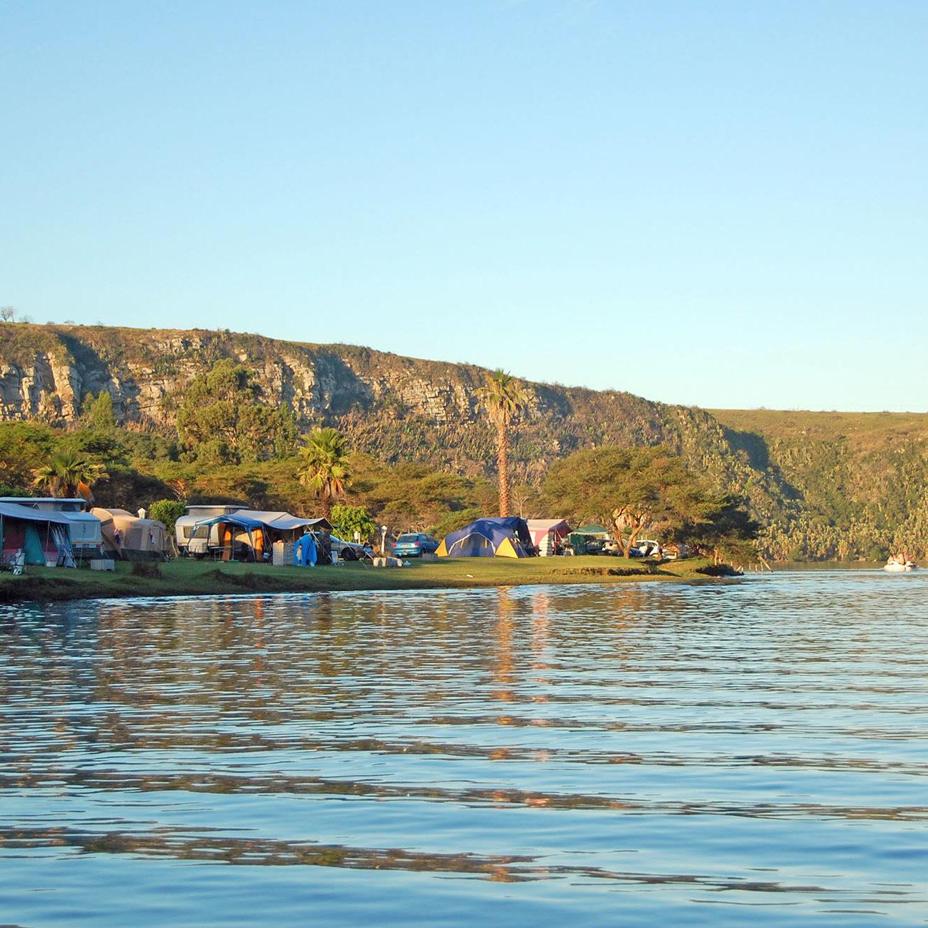 Areena-Riverside-Resort-Camping-3